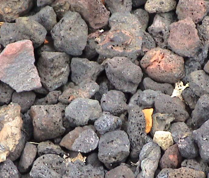 Hollow 39 s landscape supply south east michigan 39 s premiere for Black granite landscape rock